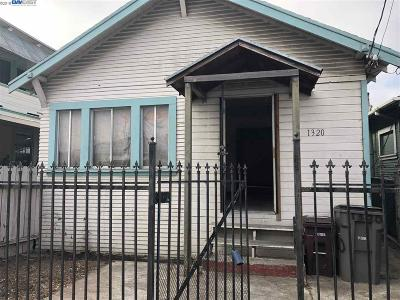 Oakland Single Family Home New: 1320 95th Ave
