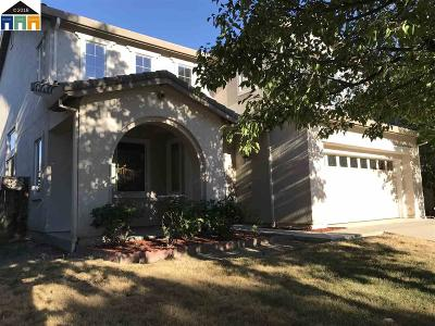 Antioch Single Family Home For Sale: 2067 Redbud Way