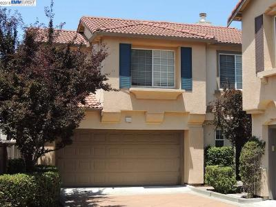 San Leandro Single Family Home For Sale: 2219 Wigeon Ct