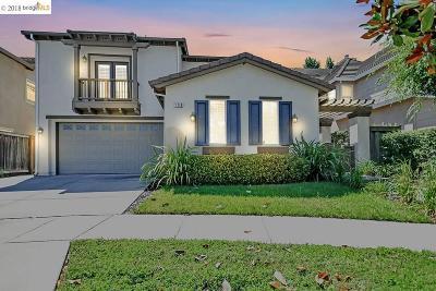 Hercules Single Family Home For Sale: 139 S Arbor Bay