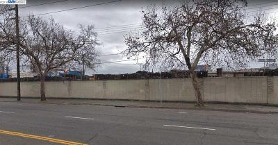 Oakland Commercial For Sale: 772 76th