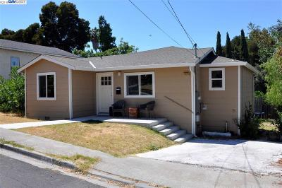 Martinez Single Family Home For Sale: 1025 Walnut St