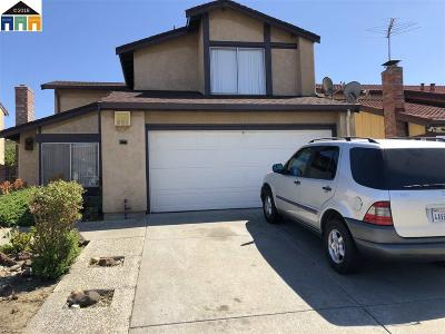 San Leandro Single Family Home For Sale: 15562 Faris St.