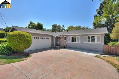 Pinole Single Family Home For Sale: 3024 Estates Ave