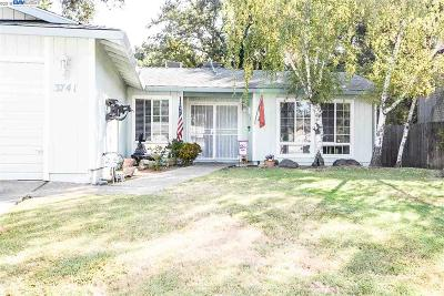 Stockton Single Family Home New: 3741 W Creek Dr