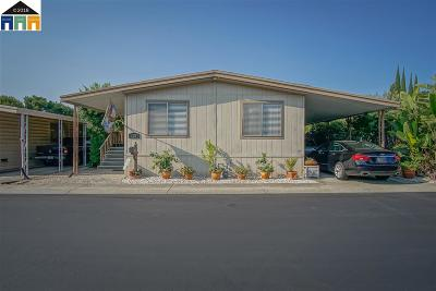 Antioch Mobile Home For Sale: 123 Paulette Way