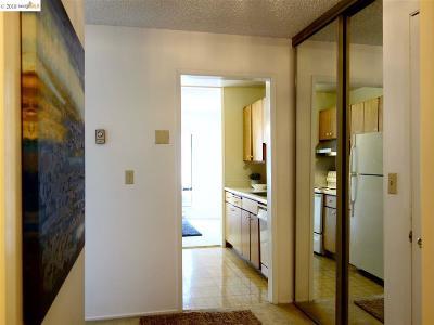Emeryville Condo/Townhouse New: 3 Admiral Drive #F271