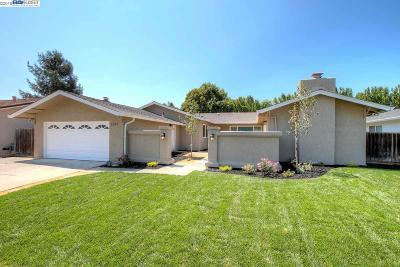 Pleasanton Single Family Home For Sale: 2308 Sandpiper Way