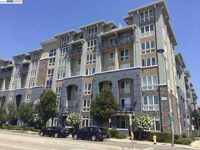 Dublin Condo/Townhouse For Sale: 5501 De Marcus #374