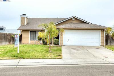 Lathrop Single Family Home For Sale: 351 Gardner Pl