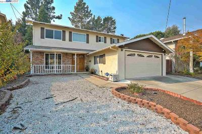 San Leandro Single Family Home For Sale: 16683 Kildare