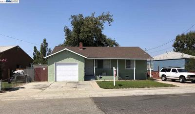 San Leandro Single Family Home For Sale: 1576 Brookside Drive