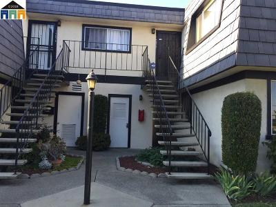 San Leandro Condo/Townhouse For Sale: 14071 Doolittle