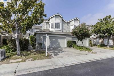 Fremont Condo/Townhouse For Sale: 34545 Melissa Ter