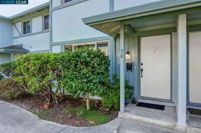 Moraga Condo/Townhouse For Sale: 30 Miramonte Dr
