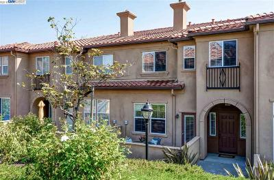 Livermore Condo/Townhouse For Sale: 60 Meritage Common #104