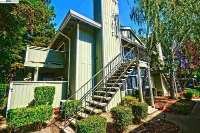 San Ramon Condo/Townhouse For Sale: 200 Compton Cir #C
