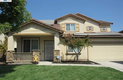 Manteca Single Family Home For Sale: 1803 Star Tulip St