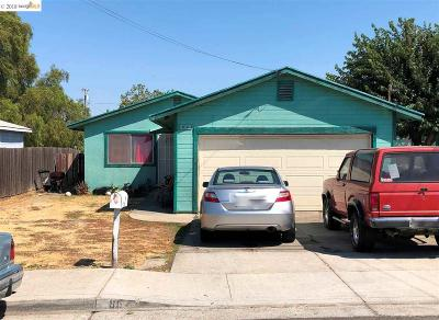 Bay Point Single Family Home For Sale: 86 Poinsettia Ave