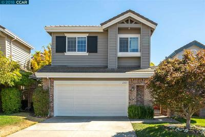 San Ramon Single Family Home For Sale: 2320 Canyon Lakes Dr
