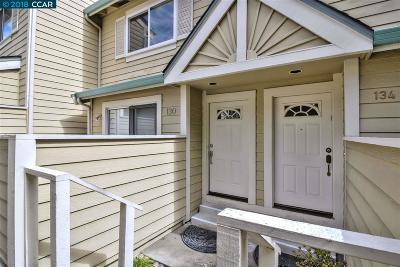 Walnut Creek Condo/Townhouse For Sale: 130 Vista Hermosa