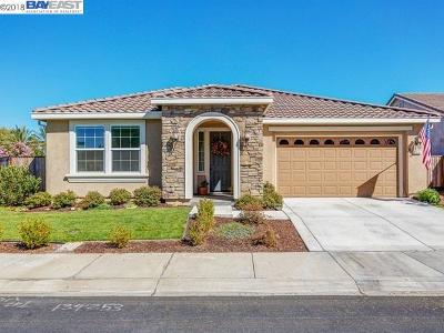 Discovery Bay Single Family Home For Sale: 6992 New Melones Cir