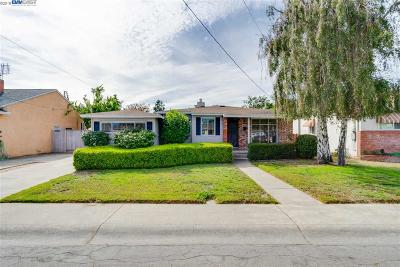 San Lorenzo Single Family Home For Sale: 16075 Mills Ave