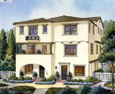 Fremont Condo/Townhouse For Sale: 43072 Calle Esperanza