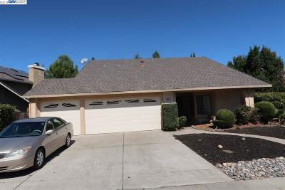 Antioch Single Family Home For Sale: 2838 Bluebell Cir