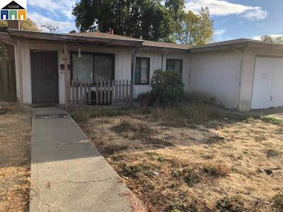 Hayward Single Family Home Pending Show For Backups: 962 Sueirro St