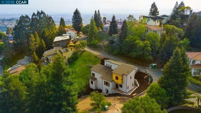 Berkeley Single Family Home For Sale: 6880 Buckingham Blvd