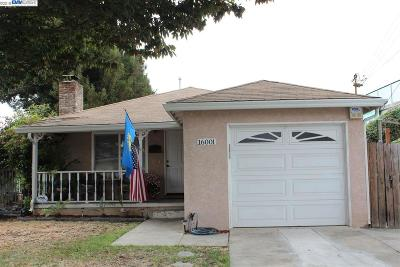 San Lorenzo Single Family Home For Sale: 16001 Via Arroyo
