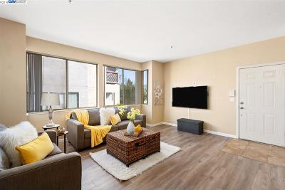 Fremont Condo/Townhouse For Sale: 3695 Stevenson Blvd #A242