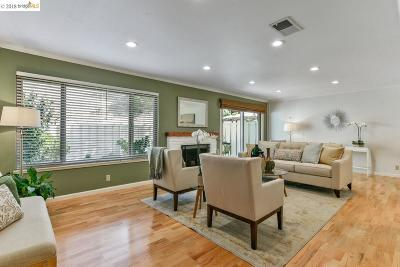 Oakland Condo/Townhouse For Sale: 60 Heritage