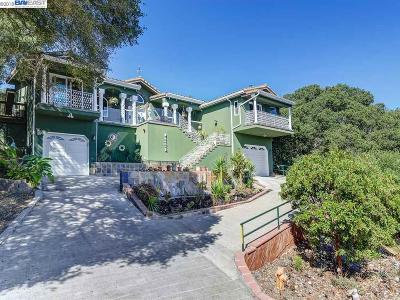 Orinda Single Family Home For Sale: 200 Hall Drive