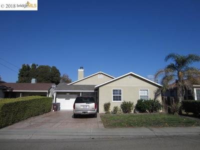 San Lorenzo Single Family Home For Sale: 16106 Via Pinale
