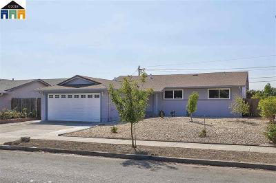 Fremont Single Family Home For Sale: 4956 Omar Street