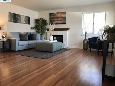 Santa Clara Single Family Home For Sale: 2250 Lafayette St.