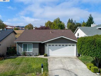 San Ramon Single Family Home Active - Contingent: 464 Santander Dr
