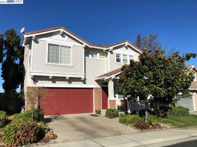 Castro Valley Single Family Home Pending Show For Backups: 25533 Foggy Glen Dr