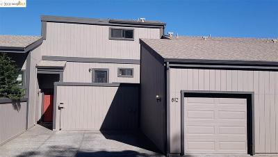 El Cerrito Condo/Townhouse For Sale: 812 Vista Heights Road