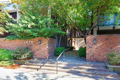 Walnut Creek Condo/Townhouse For Sale: 1470 Creekside Dr #43