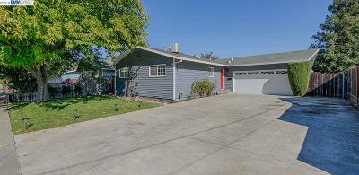 Livermore Single Family Home For Sale: 661 Nightingale St
