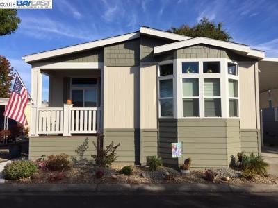 Hayward Mobile Home For Sale: 1475 Manuel Dr