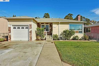 Hayward Single Family Home For Sale: 25476 Belmont Ave