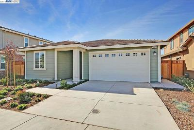Livermore Single Family Home Price Change: 437 Wayland Loop