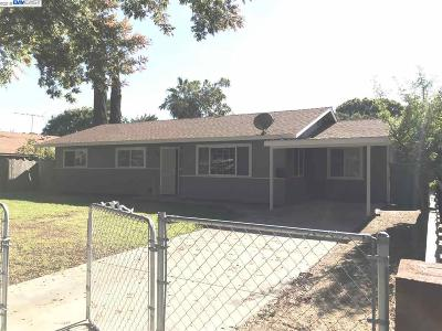 Patterson Single Family Home For Sale: 108 Washburn St