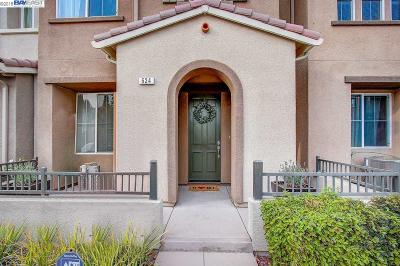 Hayward CA Condo/Townhouse New: $729,000