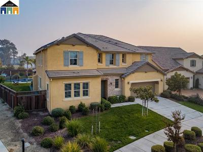 Lathrop Single Family Home New: 494 Channel Dr