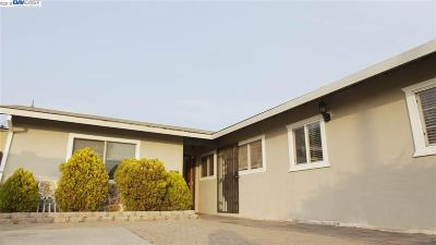 Alameda Single Family Home Pending Show For Backups: 1109 Otis Dr